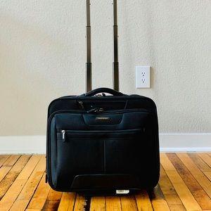 Samsonite Small Carry on Luggage Overnight Bag